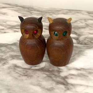 Vintage | Wood Owl Salt and Pepper Shaker Set